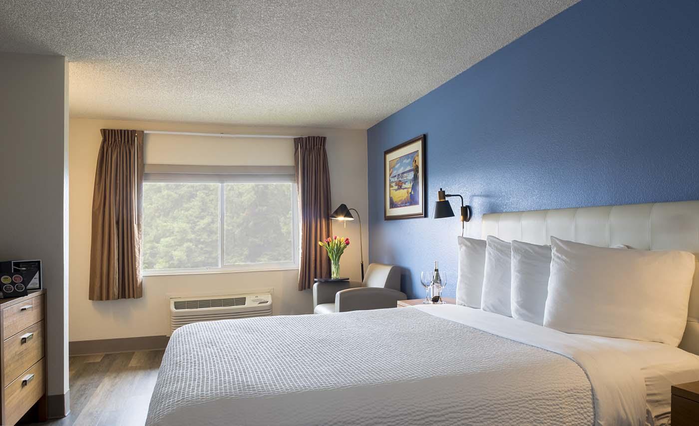 Hotel Focus Pan Pacific Queen Room